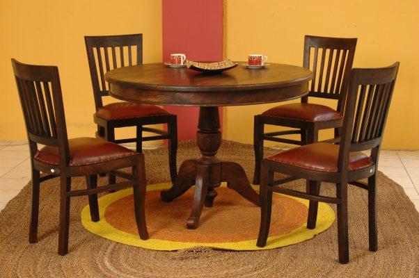 Carissa round table set